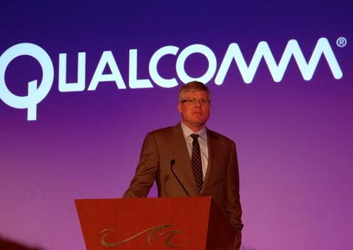 Qualcomm CEO Steve Mollenkopf announces a Snapdragon chip for cars at International CES Monday
