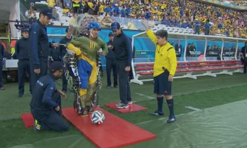 A paralyzed man kicks off the World Cup in Brazil with the help of a robotic exoskeleton suit.