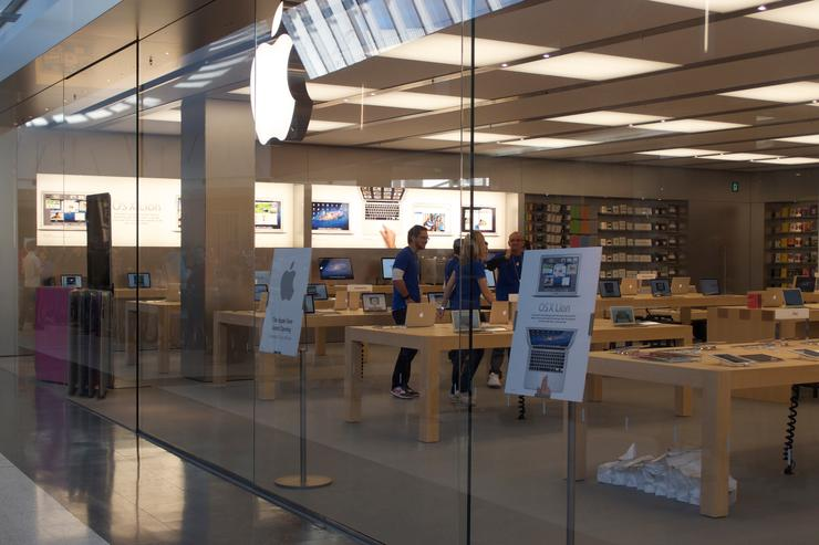 The Apple Store Penrith, which officially opened its doors this morning
