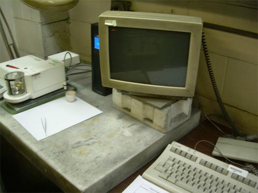 In Pictures: Computing fossils - Old tech holding on for dear life