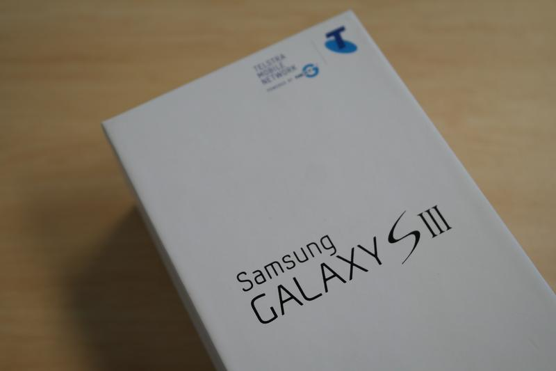 In pictures: Samsung Galaxy S III unboxing
