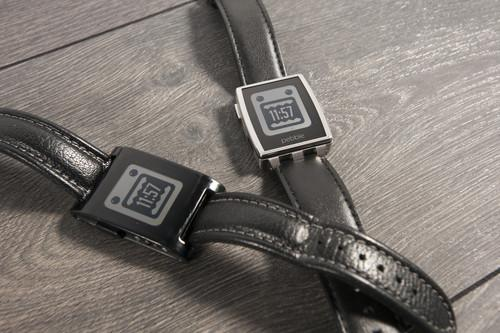 Samsung dominates nascent smartwatch market, way ahead of Pebble