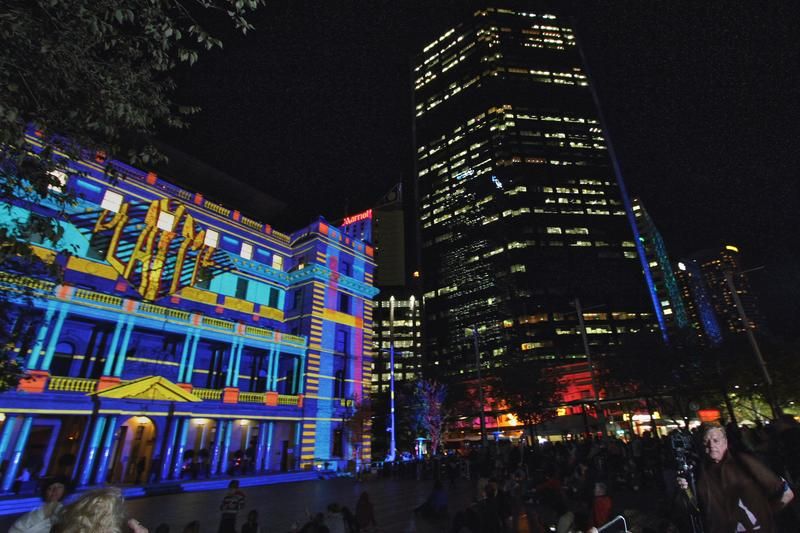 IN PICTURES: Vivid Live 2014, Sydney, part 2 - Circular Quay and surrounds (+31 photos)