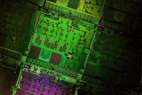 AMD bridges road to ARM with new low-power x86 server chips