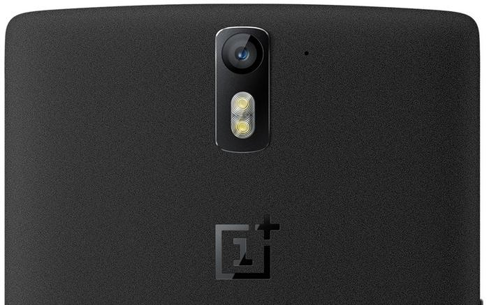 The OnePlus features a 5 megapixel front facing camera