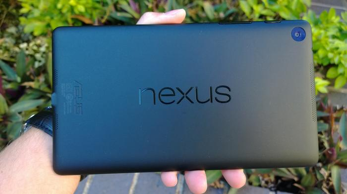 The new Nexus 7 feels comfortable to hold and the finish on the back almost feels like rubber.