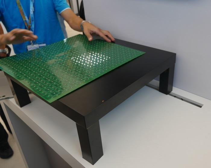 A board full of LEDs was used to show the size and location of the charging zone.