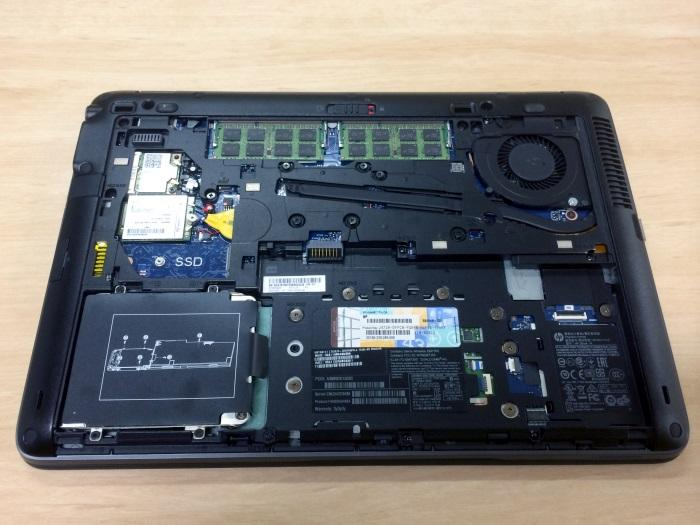The cover comes off easily to expose the compoents that can be changed and replaced.