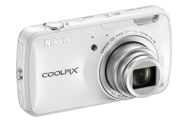 Nikon Coolpix S800c Android camera (preview)
