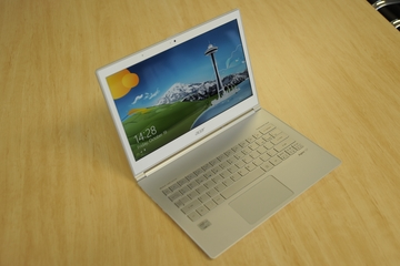 Acer Aspire S7 (S7-391-73514G12aws) Windows 8 Ultrabook