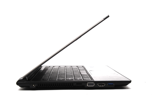 Medion Akoya S4216 (MD 99081) Windows 8 Ultrabook